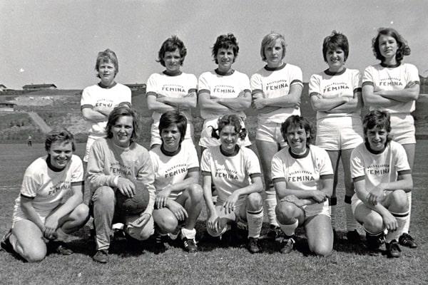 fodboldens historie i danmark