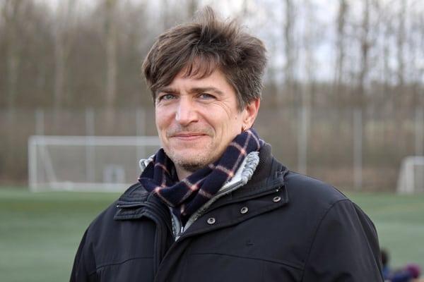 Landstræner Nils Nielsen står for anden gang i spidsen for det danske kvindelandshold ved Algarve Cup.