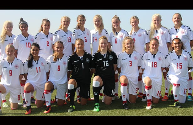 U17 landsholdet, med Cecilie Johansen fra ISI Idrætsefterskole
