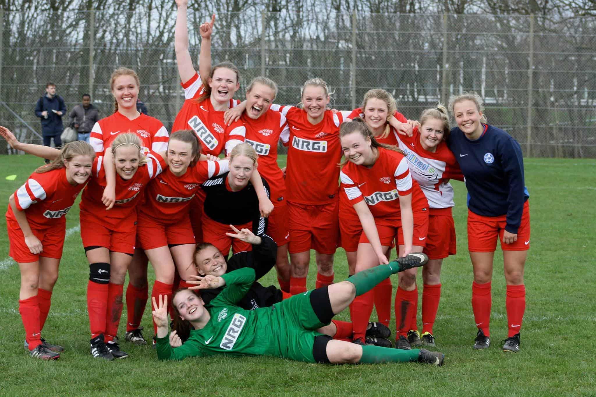 10dc9e6806c Fællesskabet har bragt Aarhus 1900 i 1. division - Fodbold for piger